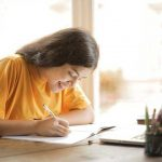 Consider Before Selecting Essay Writing Service